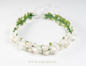 corona de flores pelo