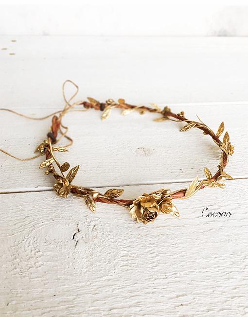 corona hojitas doradas