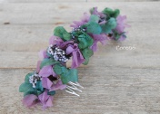 media corona malva y verde flores preservadas